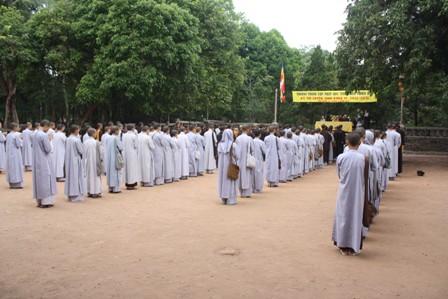 Huế: Trường Trung cấp Phật học thi tuyển sinh khóa VI (2011-2015)